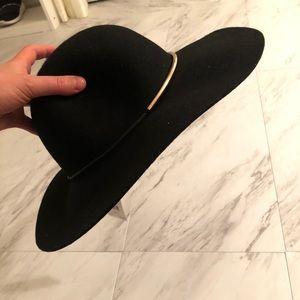 NWT Nine West beach hat